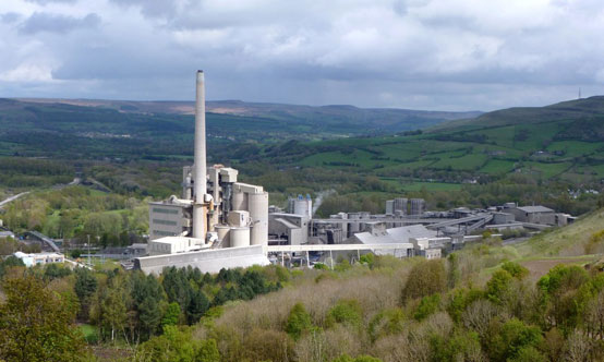 The Hope Cement Plant in Derbyshire is one of the country's largest with a capacity of 1.3Mt/yr. Photo: Graham Hogg (C).